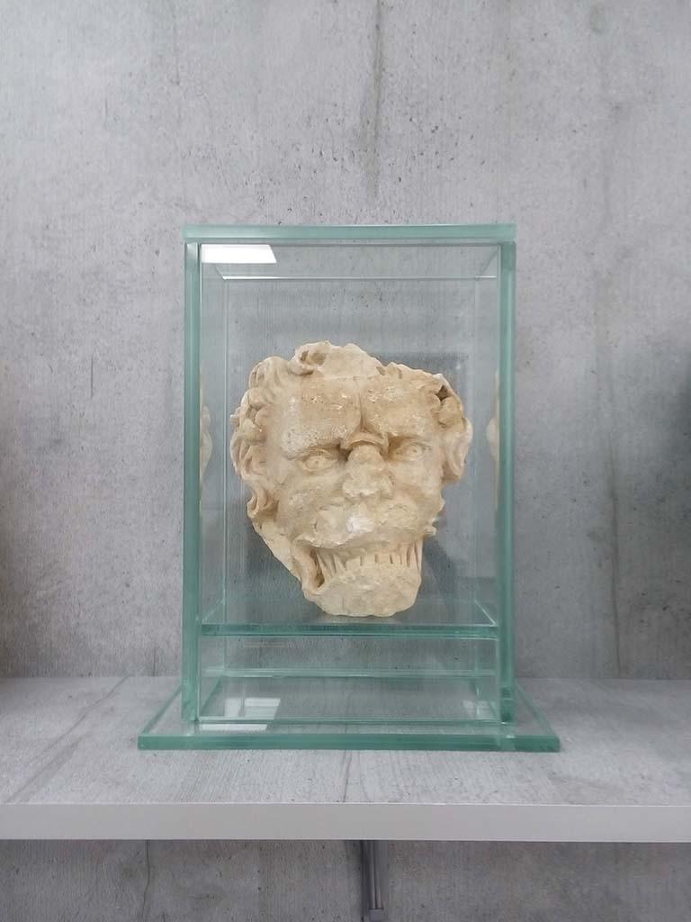 Cloche en verre clair fabriqué à Narbonne