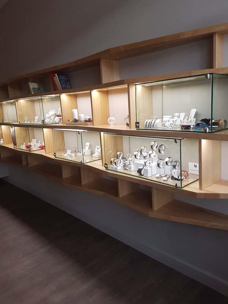 Vitrine sur-mesure pour bijouterie